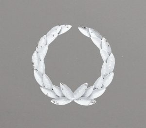 30cm Metal laurel wreath