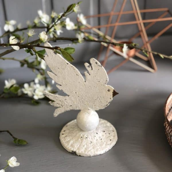 Mini size dove on circular base