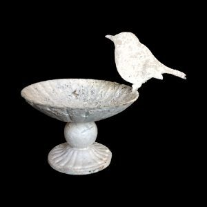 Decorative dish with robin