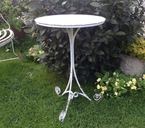 Small round metal table 45cm diameter
