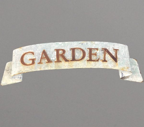 Scrolled GARDEN sign