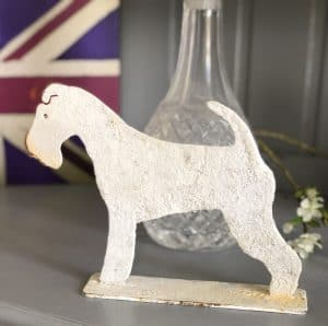 Metal profile ornament of a Lonsdale Fox Terrier Medium