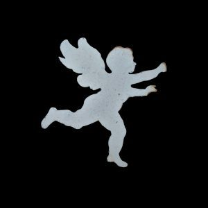 Metal profile of a metal cherub wall art, painted & distressed. Size 26cm widse x 26cm high