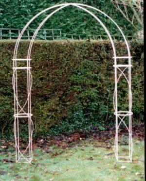 Hedingham garden arch
